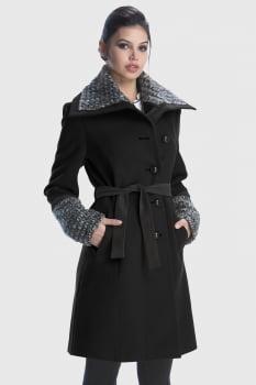 Casaco longo detalhes em lã e suede preto