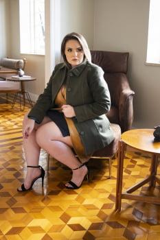Casaco de lã acinturado detalhe de pesponto Plus Size preto