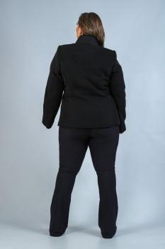 Casaco curto de lã com abotoamento duplo Plus Size preto